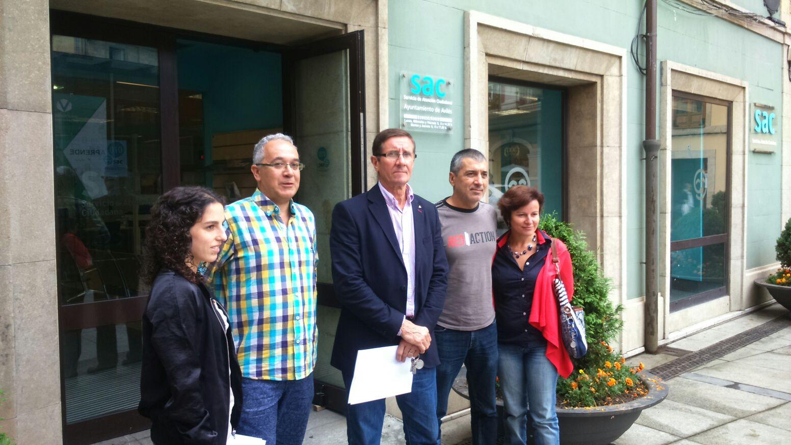 Concejalxs de Somos, Izquierda Unida y Ganemos ante el registro del Ayuntamiento de Avilés
